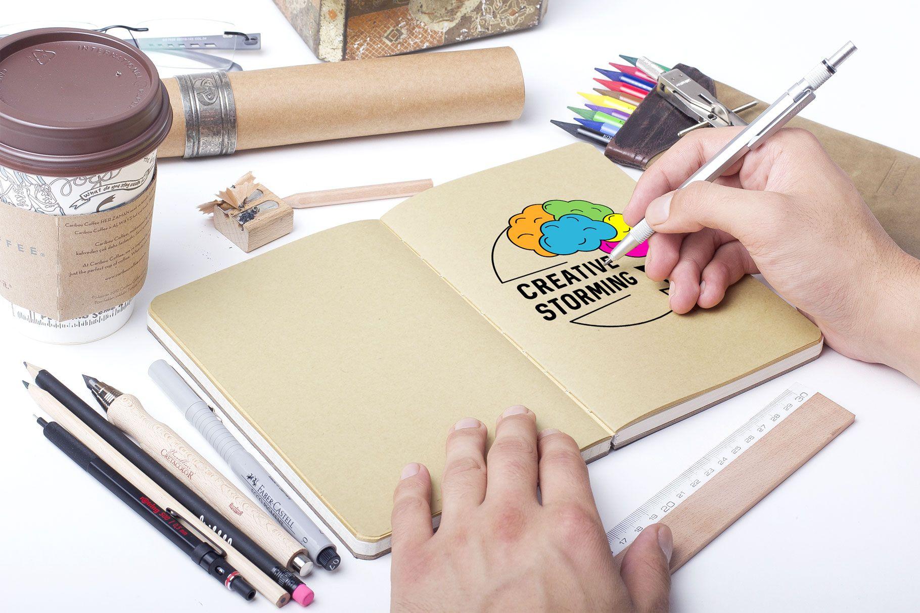 Logo creative storming a colori